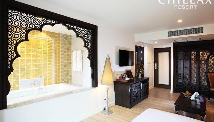 Jacuzzi Hotel room in Bangkok
