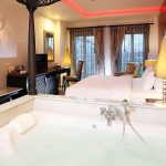 Luxury Boutique hotel with Jacuzzia
