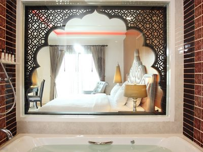 Hotel with Whirlpool bath rooms Bangkok